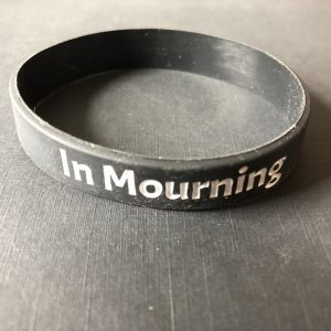 """""""In Mourning"""" Band"""